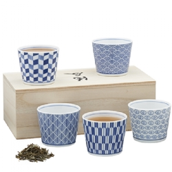 Set of 5 porcelain bowls (250 cc) in wooden box